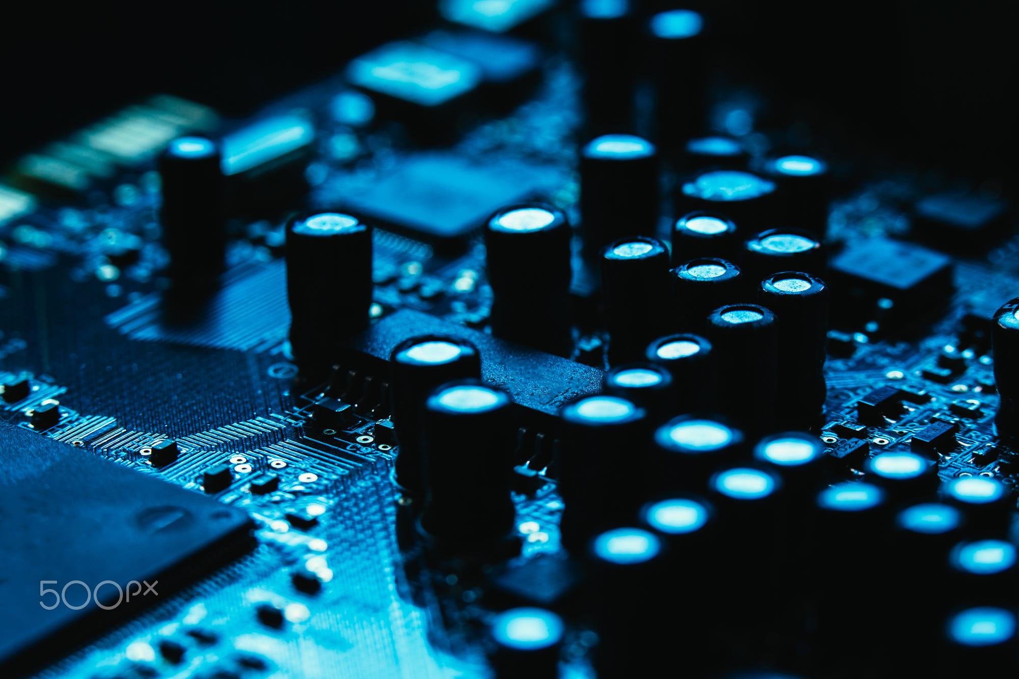 شناخت قطعات الکترونیک