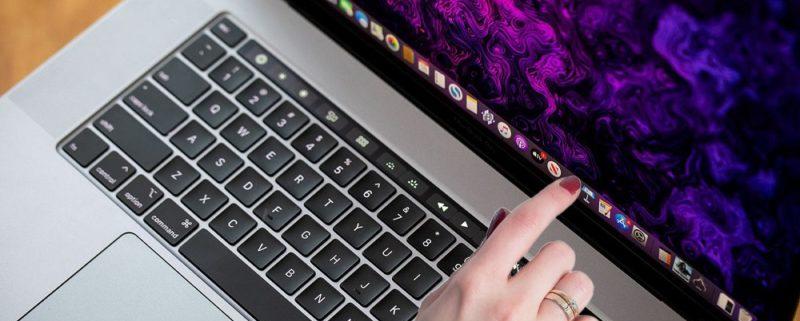 نمایشگر لمسی مک بوک اپل